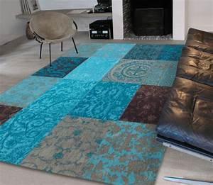 le tapis patchwork une decoration facile pour l39interieur With tapis moderne avec canapé patchwork vintage