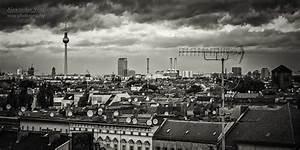 Berlin Schwarz Weiß Bilder : schwarzweiss fotografie berlin skyline panorama alexander voss fotografie digital analog ~ Bigdaddyawards.com Haus und Dekorationen