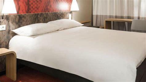 chambre 121 lecture en ligne acheter une chambre d hôtel un placement fructueux le