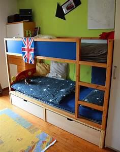 Ikea Bett Kinderzimmer : chaosfreies kinderzimmer ikea kura hack interieur pinterest kinderzimmer kinderbetten ~ Frokenaadalensverden.com Haus und Dekorationen