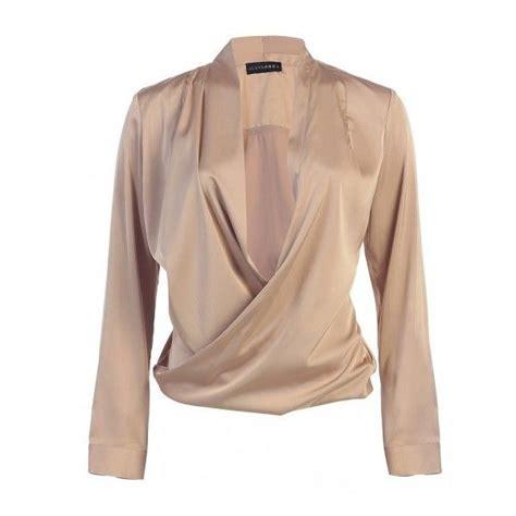 blouse vs shirt 25 best ideas about satin shirt on silk silk