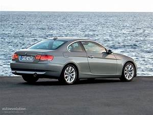 Bmw Serie 3 2011 : 2011 bmw 3 series coupe e92 pictures information and specs auto ~ Gottalentnigeria.com Avis de Voitures