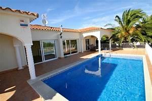 location vacances bord de mer costa dorada espagne ab villa With location villa bord de mer avec piscine 2 maison avec piscine en bretagne
