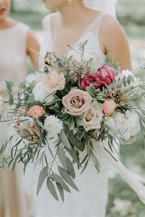 bouquet inspiration boho wedding bouquet bride flowers