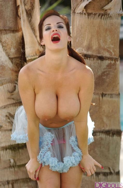 Alexis Showing Her Big Breasts Page