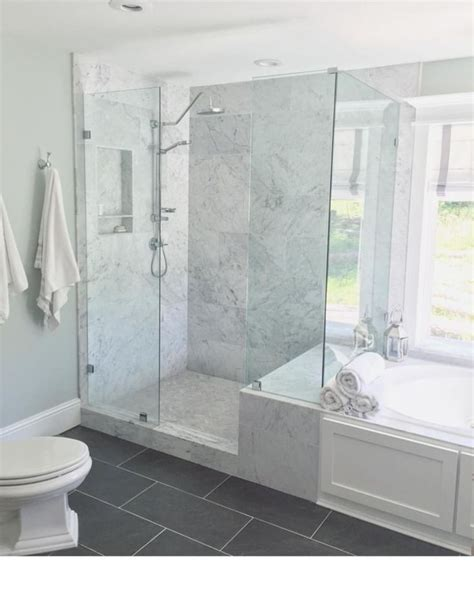 Best Master Bathroom Designs by Best 25 Half Wall Shower Ideas On Shower With