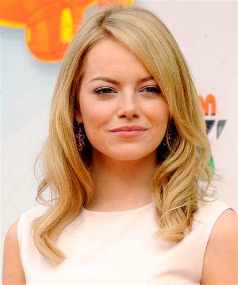 Emma Stone Long Wavy Formal Hairstyle With Side Swept