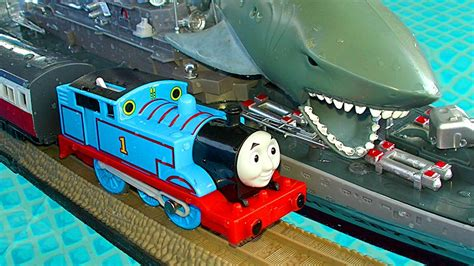 thomas  tank trackmaster pool tracks russian navy ship