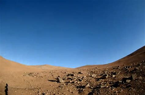 what is the real color of the sky shows and sunset on mars in true color