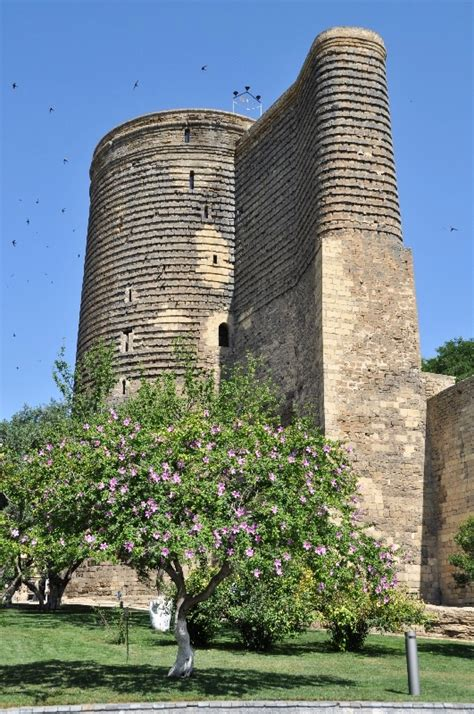 Лирхьвар гьаъ !rozh bâsh ! Azerbajdžan: hlavné mesto Baku a jeho pamiatky ...