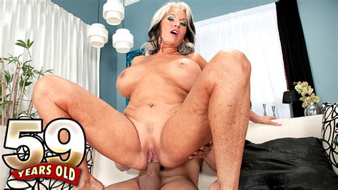 50 plus milfs movies of xxx milfs mature women and grannies fucking page 16