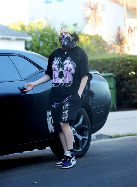 billie eilish   bandana   face mask walks  dog