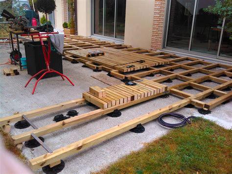 cr 233 ation d une terrasse bois avec lambourde et plots construction terrasse bois