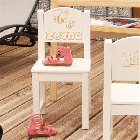 chaise personnalisée chaise d 39 enfant personnalisée en bois abeille