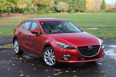 2014 Mazda 3 S Grand Touring Hatchback