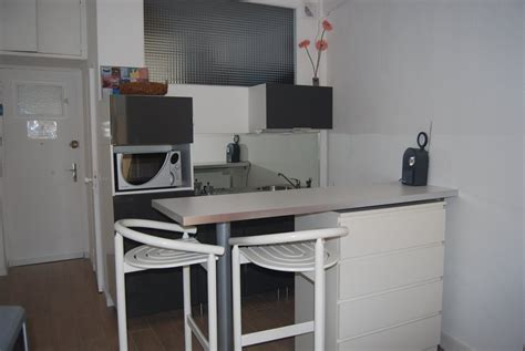 cuisine pour studio combine cuisine pour studio maison design modanes com