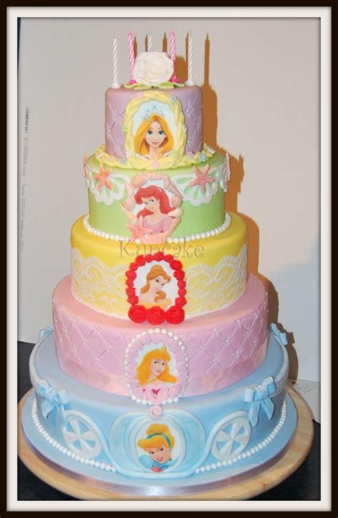 disney princess birthday cake disney princesses toutes les princesses disney sont Awesome