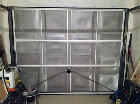 comment isoler une porte de garage maison design lcmhouse