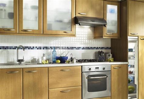 equipe de cuisine cuisine quipe bois cuisine kadral en bois blanc
