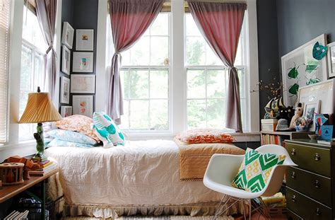 Bedroom Ideas Eclectic by How To Decorate An Exquisite Eclectic Bedroom
