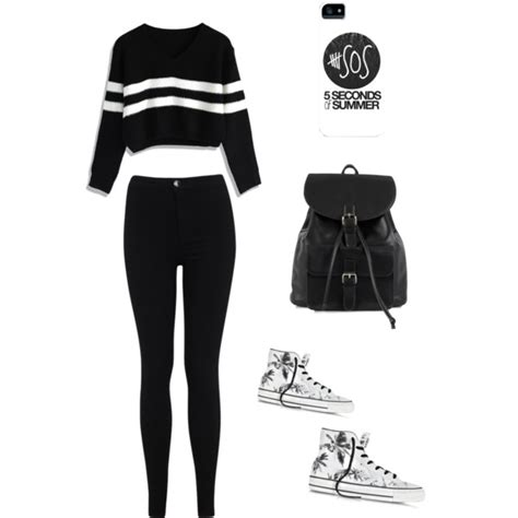 Cute Black And White Outfit | Bodycon Dress Ideas