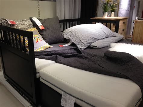 bed with pop up trundle daybed with pop up trundle less guilt about going from a queen bed to a daybed but it might