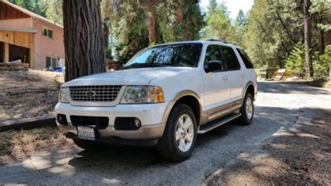 Sell Used 2003 Loaded Luxury Suv! Dvd, 3rd Row Seat, Rear