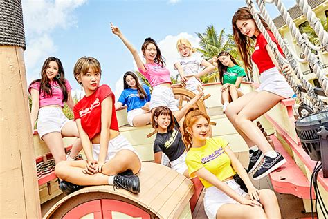 Momoland Official Site