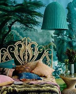Papier Peint Bleu Canard : 1001 id es pour une chambre bleu canard p trole et paon ~ Farleysfitness.com Idées de Décoration