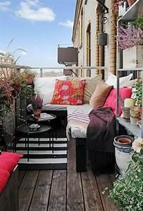 Kleine Wäschespinne Für Balkon : sitzecke f r kleinen balkon ~ Markanthonyermac.com Haus und Dekorationen