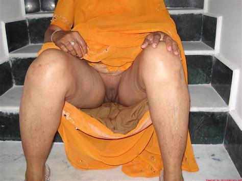 Sexy Desi Aunties Nudedesiaunty