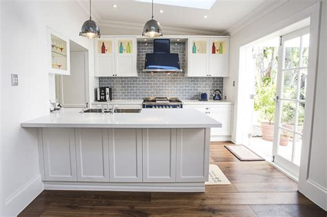 2016 Kitchen Cabinet Trends  Granite Transformations Blog. Ideas For Decorating Sitting Room. Design Ideas For Small Living Room. Pier One Room Dividers. Gaming Pc For Living Room. Outdoor Rooms Magazine. Colors To Paint A Dining Room. Ikea Craft Rooms. Media Walls Living Rooms