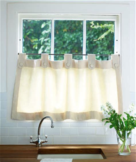 Kitchen Curtains For Wide Windows by How Wide Should Curtains Be Guide To Curtains And
