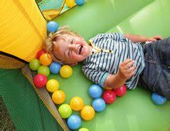 pyjama party kurze spiele fuer kindergartenkinder