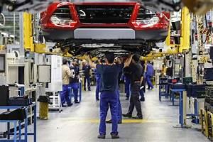 Car Makers Pour Money Into Spain - WSJ