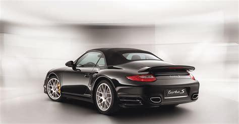 2018 Black Porsche 911 Turbo S Cabriolet Wallpapers