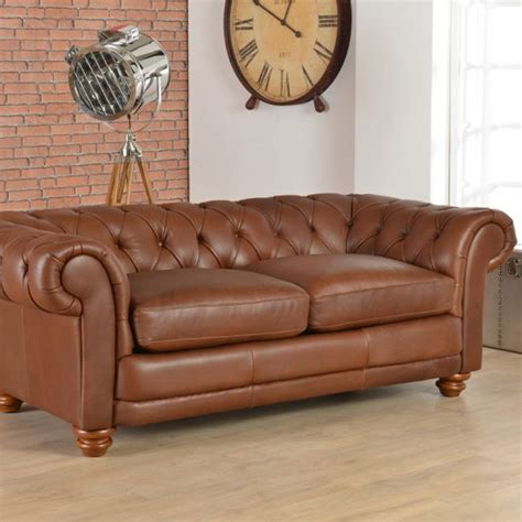 How To Clean Leather Sofa by How To Clean A Leather Sofa In A Few Minutes