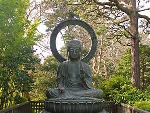 deco jardin statue poitiers maison design trividus With marvelous deco jardin zen exterieur 4 statue bouddha deco jardin khenghua