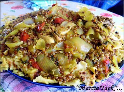 cuisine marocaine pastilla au poulet rfissa plat marocain au poulet et msemmens recette