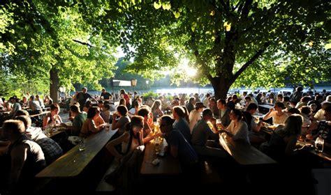 englischer garten münchen biergarten preise die besten m 252 nchner brauereien wo bier trinken