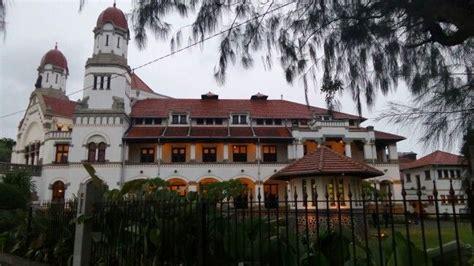 beautiful building  semarang caled lawang sewu