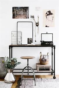 Chic Vintage Minimalist Modern Workspace | Horns ...