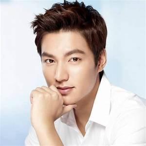 Top 10 Most Beautiful Asian Men