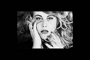 Juliette Katz- chanteuse ronde mais surtout chanteuse ...