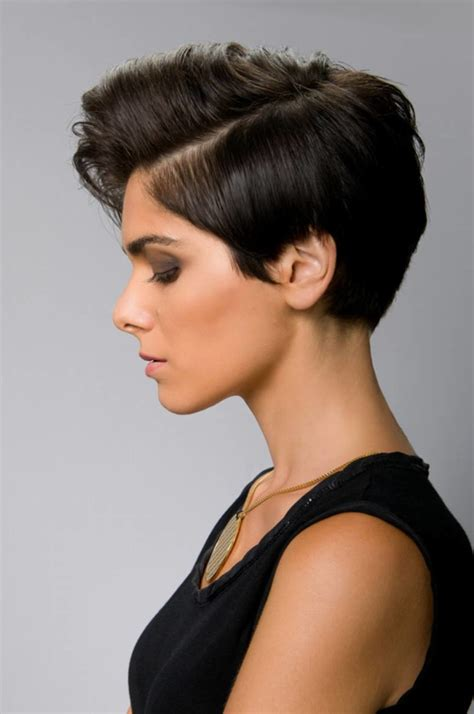15 Simple Short Hairstyles for Women in 2021   Short Hair ...