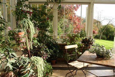 canapé shabby conseils d 39 aménagement de votre jardin d 39 hiver