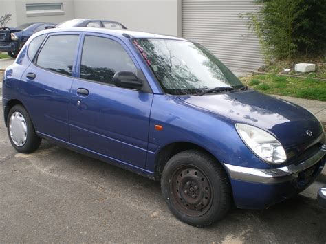 Daihatsu Sirion Picture by 1999 Daihatsu Sirion M1 Pictures Information And