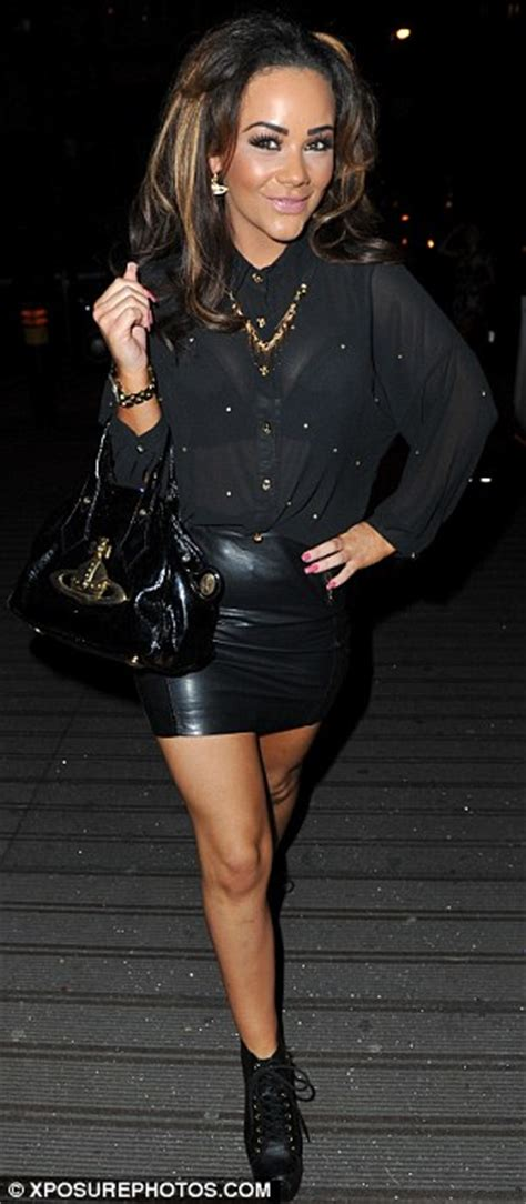 Chelsee Healey steps out in all black ensemble racy leather skirt | Daily Mail Online