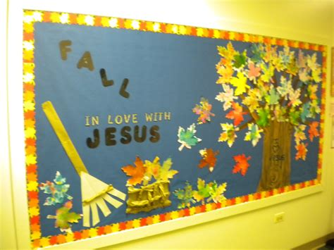 unique fall bulletin board ideas preschool