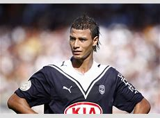 Liverpool to tie down Marouane Chamakh? Who Ate all the Pies